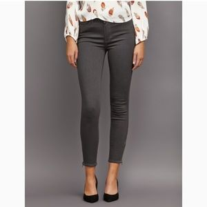 NWT PAIGE TRANSCEND high waist ankle zip skinny